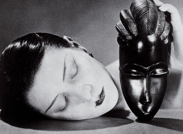 sombra-1-man-ray-negra-y-blanca-1926