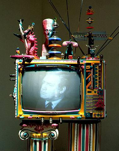 television-lklk-por-kenny-scharf-1984-artnet
