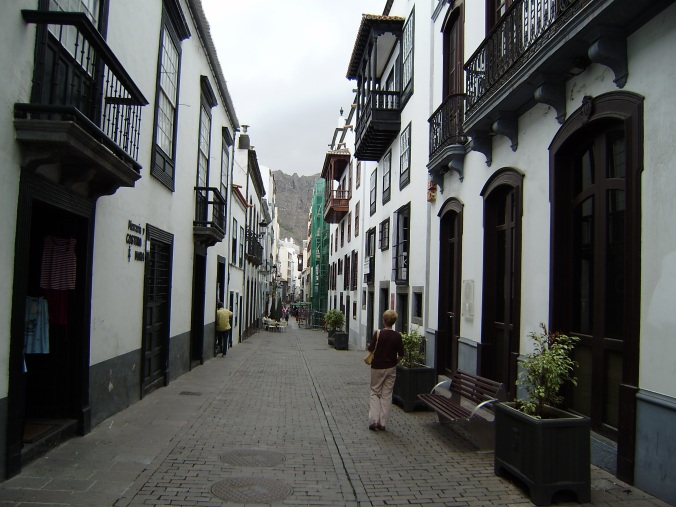 calle Real.-1