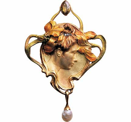 lujo F.-pendiente de 1900.-oro, topacio, perlas.-Paul y Henri Vever.-Musee Arts Décoratifs