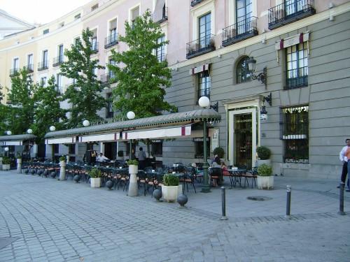 Café de Oriente.-1