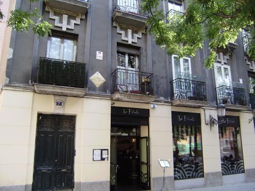 casa donde vivió María Zambrano (Plaza de Conde de Barajas)