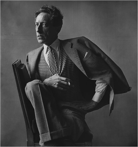 IRVING PENN.-FF.-Jean Cocteau.-París 1948.-foto Irving Penn.-Conde Nast Publications.-The New York Times