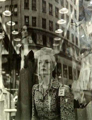 LISETTE MODEL-2310.-Relections.-1939-1945.-artnet