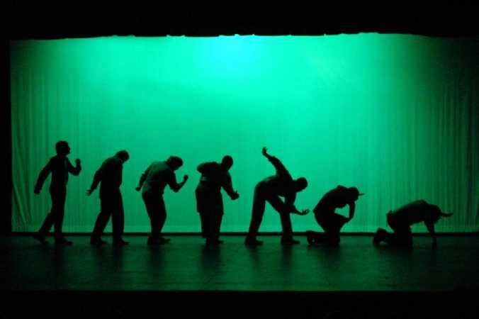 Ionesco.-B.-Rinoceronte.-2.-representacion por  Trinity Valley Comunity.-Texaa.-2004