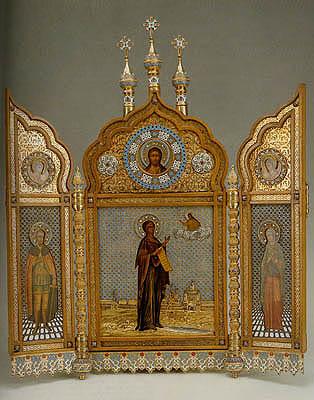 RUSIA.-11.-icono de nuestra Señora de Bogolyubsk con los santos de Alexander Nesky y maría magdalena.-fábrica Ivan Khlebikov.-Moscú.-1882.-Museo Hermitajge.-